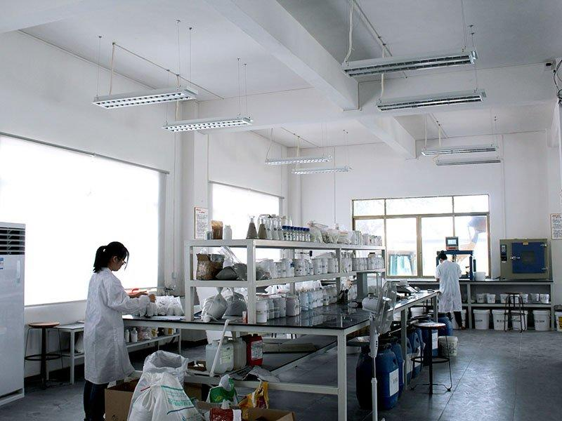 Lab and R & D personnel